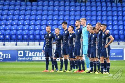 Brankár FK Poprad Adrián Knurovský si ľahol pod nôž
