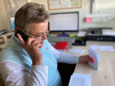 Dispečeri dopravnej zdravotnej služby. Čo robia a akí sú, ako sa učia komunikovať?