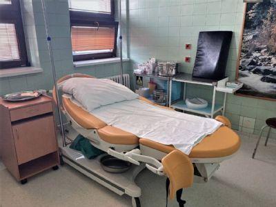 Pandémia nezastavila pôrody v kežmarskej nemocnici. Narodilo sa tu už takmer 900 bábätiek. Čo si má do pôrodnice pribaliť budúca mamička?