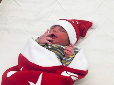 V kežmarskej nemocnici sa narodili malí Mikuláškovia. Jeden z nich je 900. bábätkom v tomto roku.