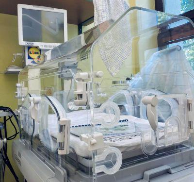 Novorodenecké oddelenie kežmarskej nemocnice má inkubátor  od Nadačného fondu spoločnosti Lidl